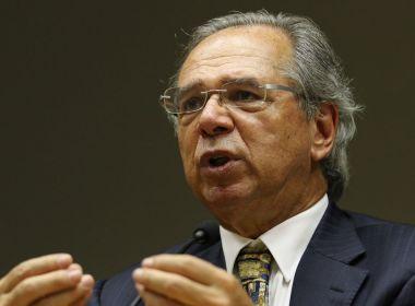 Guedes quer convencer Bolsonaro e emplacar imposto