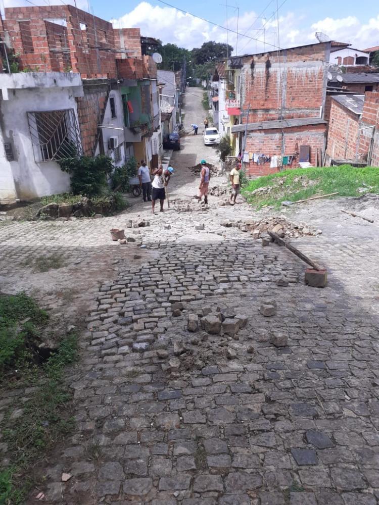 Prefeitura segue com obras de recuperação de pavimentação