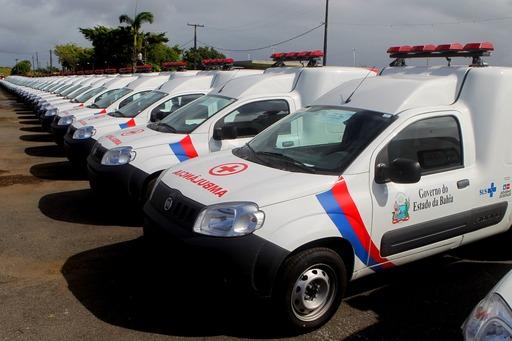Veículos são entregues para 120 prefeituras baianas; investimento é de R$ 13 milhões