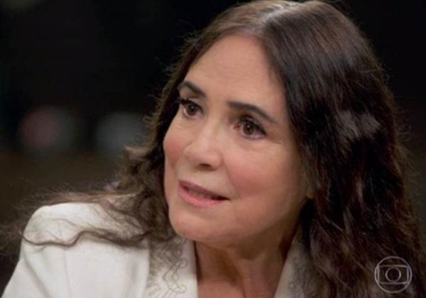 Mais de 500 personalidades assinam manifesto contra Regina Duarte