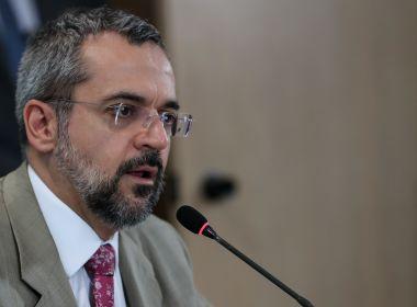 MEC vai consultar estudantes sobre adiamento do Enem, anuncia Weintraub