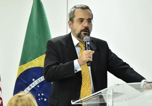 Planalto teme ação judicial contra Weintraub após divulgação de vídeo