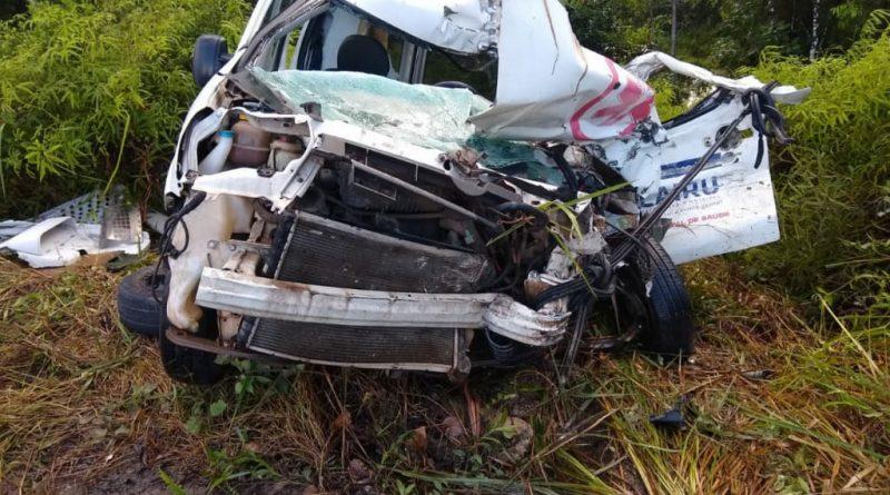 Acidente envolvendo ambulância do município de Cairu 1