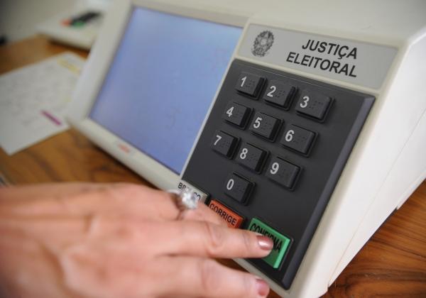 Senado vota na próxima terça-feira PEC do adiamento das eleiçoes